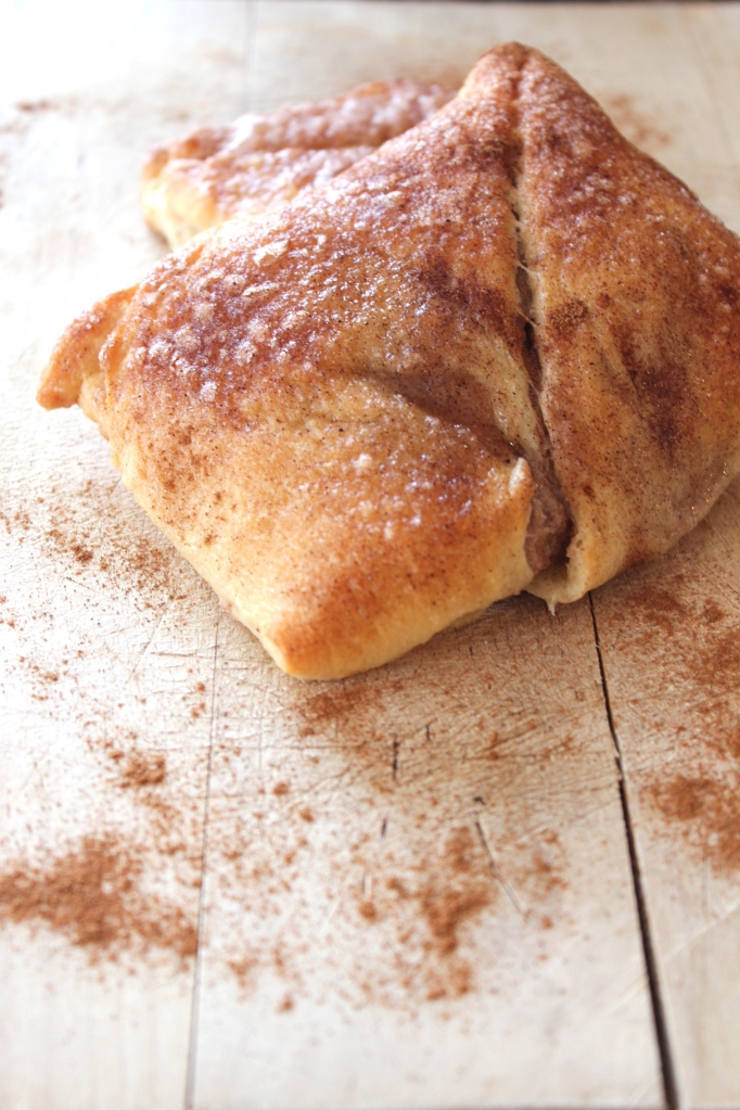 cream cheese, cinnamon, nutmeg, crescent rolls, dessert, sopapillas, recipe