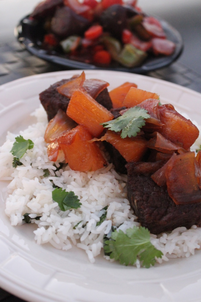 short ribs, beef, teriyaki, pineapple, pressure cooker, dinner, food, recipe, soy sauce, ginger, onions, garlic, honey, cilantro