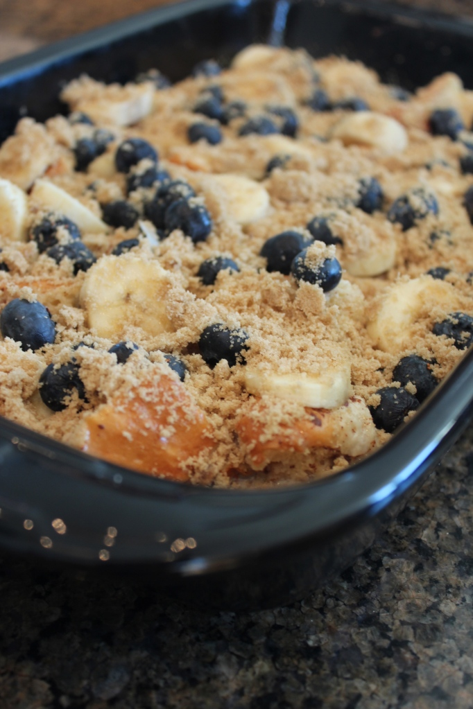 Blueberry, Banana, Bread Pudding, Brunch, Breakfast, Hawaiian Rolls, Brown Sugar Crumble, Honey