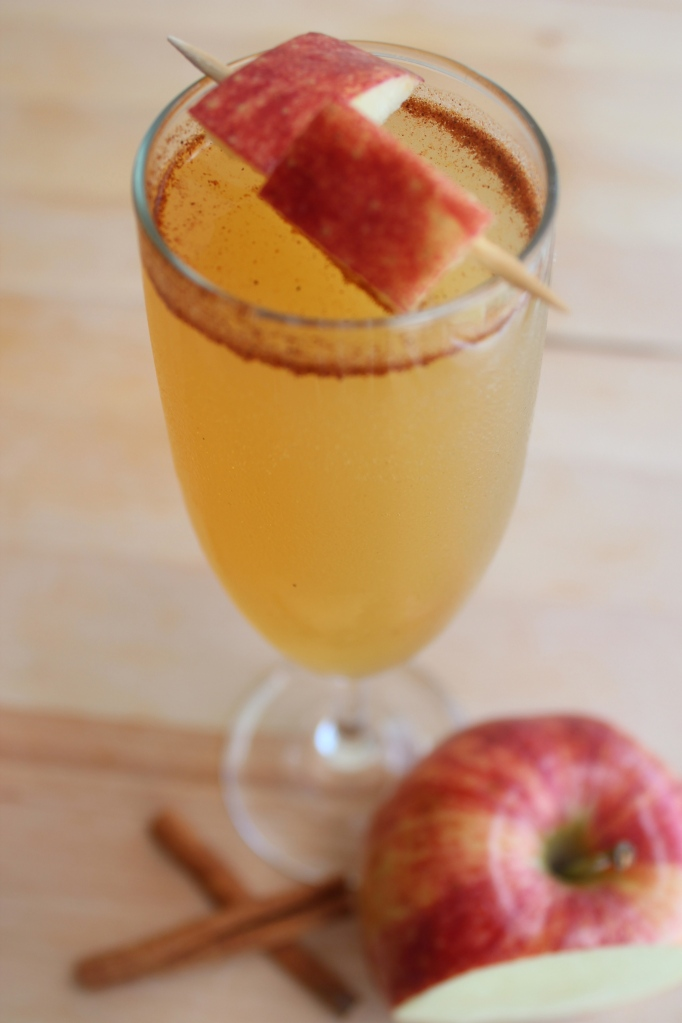 apple cider, champagne, vodka, apple, cinnamon, maple syrup, nutmeg, cocktail, drinks, punch, recipe