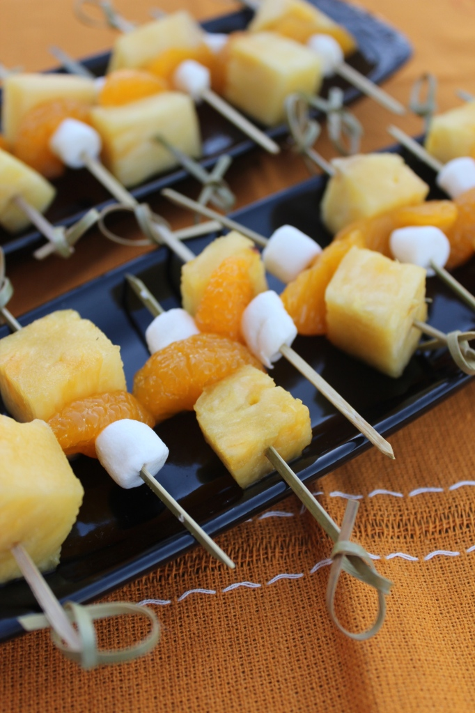 pineapple, mandaran oranges, marshmallows, fruit dip, fruit skewers, candy corn, halloween, fall