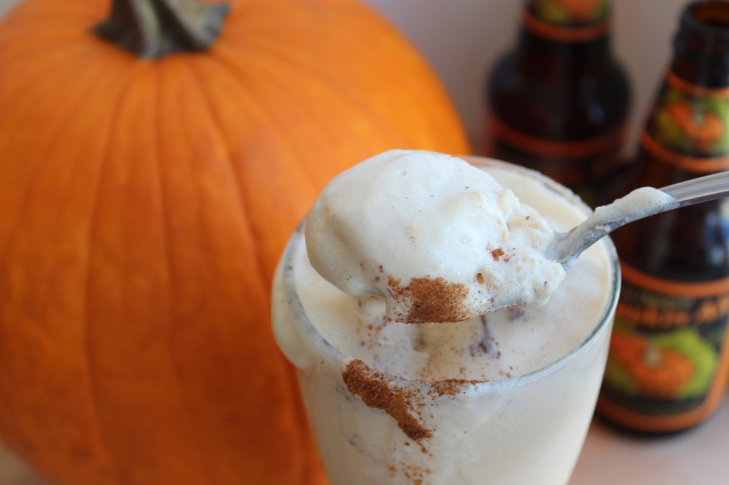cinnamon, pumpkin ale, pumpkin beer, ice cream, vanilla ice cream, beer float, pumpkin beer float