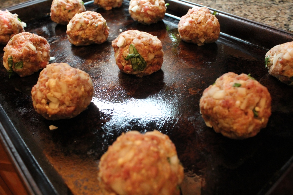 Italian meatballs, beef meatballs, pork meatballs, meatballs with fresh basil, meatballs, italian seasoned meatballs, recipe