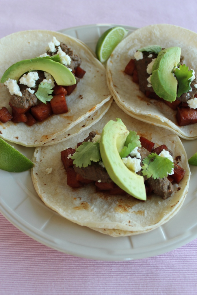 spam tacos, chili lime marinated spam, cranberry mole, cranberry chocolate mole sauce, avocado, cilantro, limes, corn tortillas, recipe, tacos