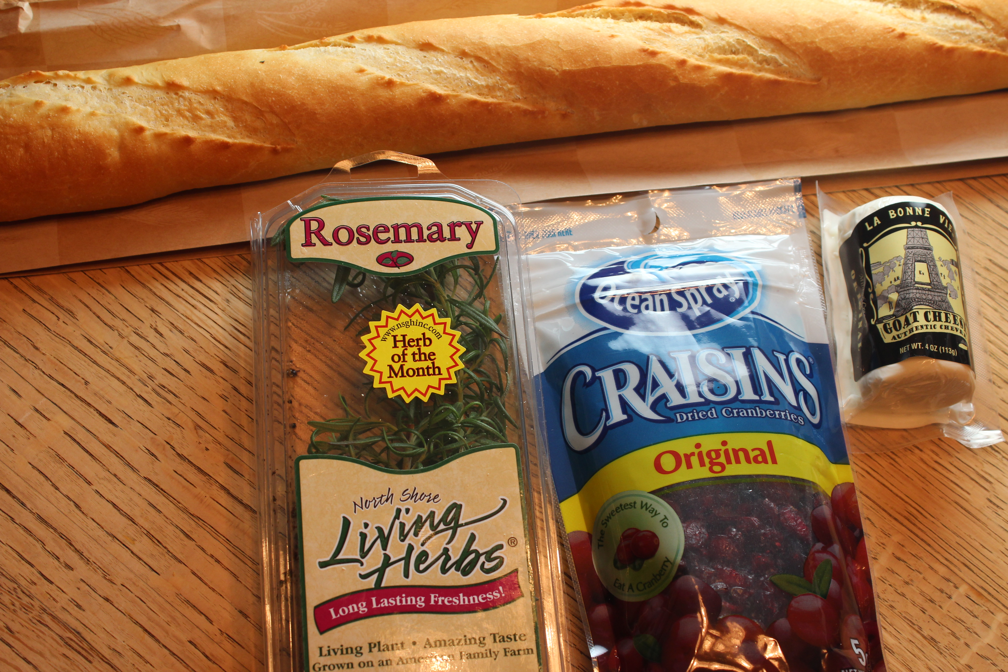 Cranberry Goat Cheese Crostini Ingredients
