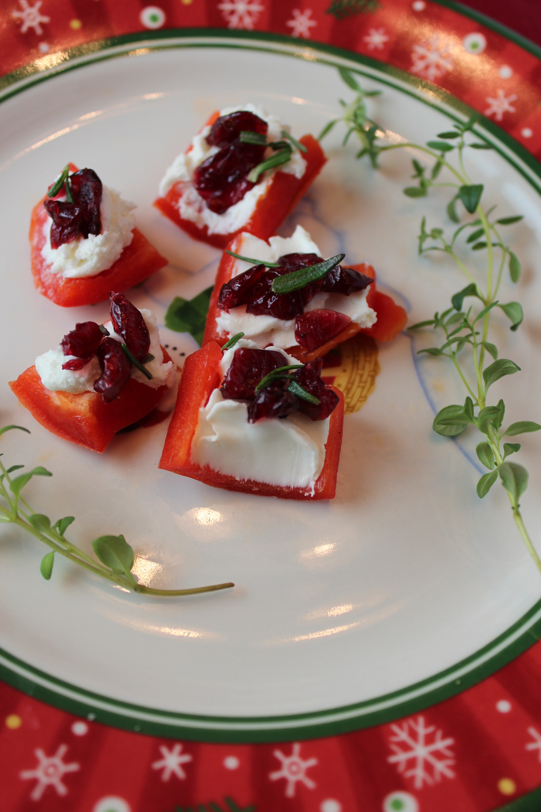 Gluten Free Cranberry Goat Cheese Appetizers