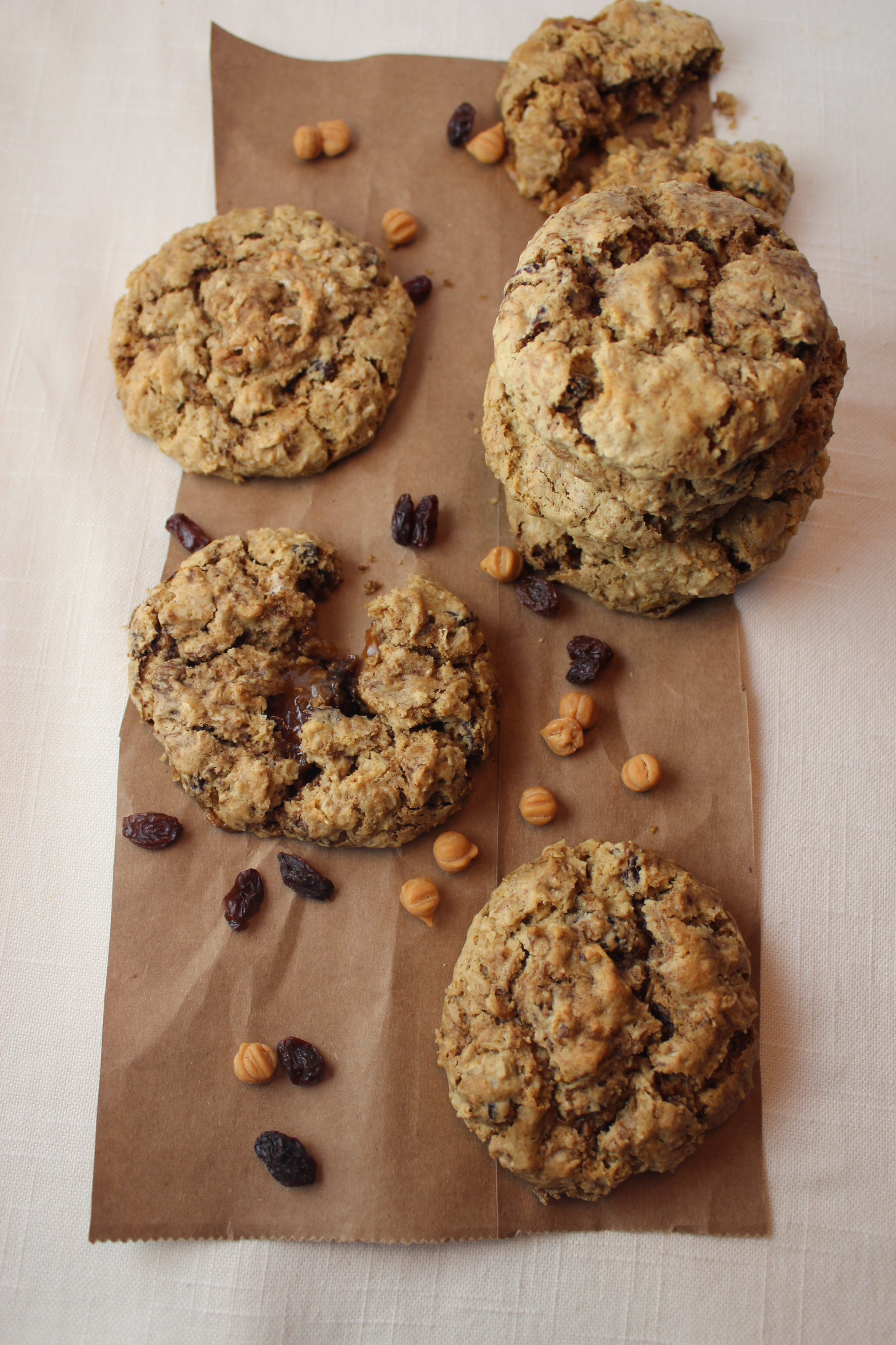 Oatmeal Raisin Caramel Apple Cookies